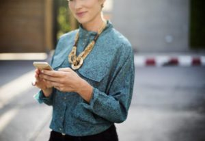 woman-on-phone2